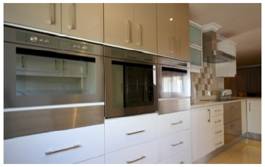 Kitchen cupboards umhlanga roselawnlutheran for Kitchen decor durban